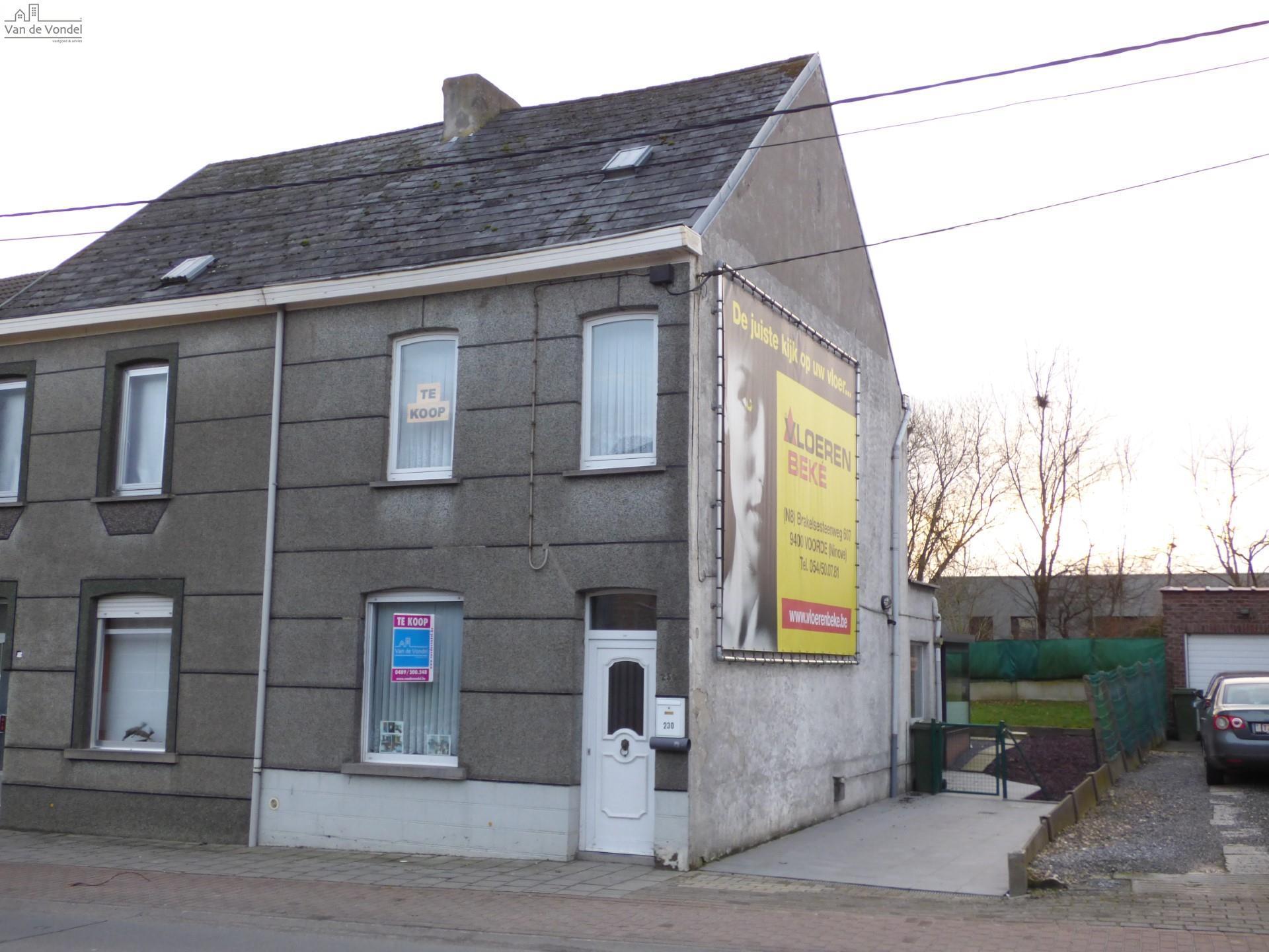 Huis te koop in aalst erembodegem van de vondel for Huis te koop aalst